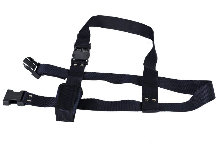 Adjustable carrying flagpole belt
